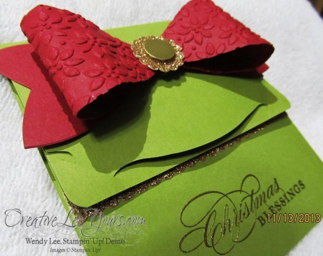 bow gift card holder close up