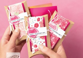 wendy lee, Stampin Up, #creativeleeyours, creatively yours, creative-lee yours, SU, DIY, paper craft, Grapefruit Grove & Lovely Lipstick Foil Sheets, video, product tips, product highlights, DIY, Free stamps, Sale-a-Bration, SAB, flowers, Forever lovely stamp set, all my love, pillow boxes, 3D, treats